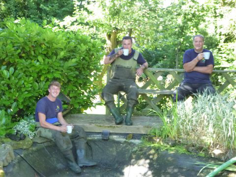 Specialists in maintenance, cleaning, refurbishment and construction of private and corporate garden ponds